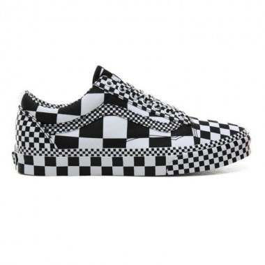 ALL OVER CHECKERBOARD OLD SKOOL SHOES